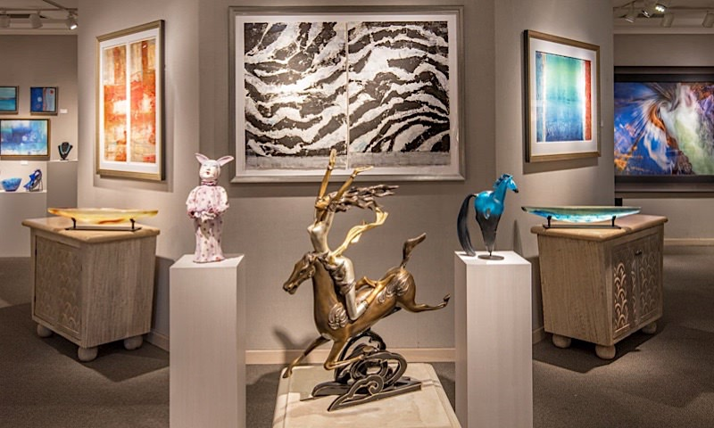 photo of Grand Wailea Napua Gallery & Artists-in-Residence